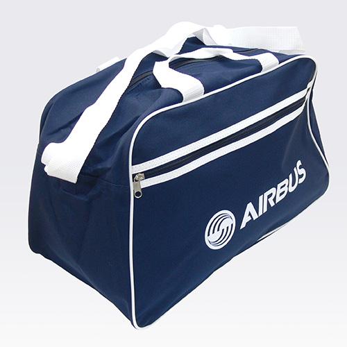スポーツバッグ